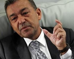 El presidente Paulino Rivero hablando del Fisco.
