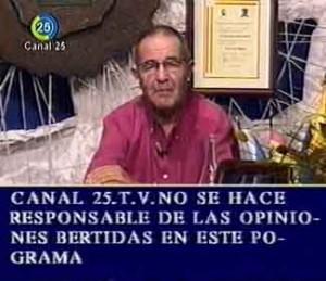 Escrito o hablado, el castellano de don Francisco es único