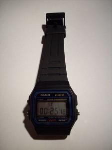 Casio F91w en modo cronómetro, una revolución científica de los 80.