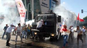 Disturbios-Turquia-Erdogan_TINIMA20130602_0189_5