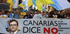 Las primeras manifestaciones de solidaridad y disgusto ya han tomado las calles de las Islas