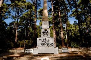 El monumento a Franco será convertido en una fuente de ingresos para la Isla.