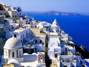Caserío griego que será transformado en San Andrés para la ficción.