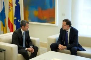"""Rajoy no ha sacado ningún piscolabis """"porque Paulino nunca pica fuera de horas, que es runner""""."""