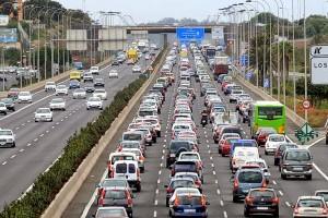 La idea es que al ciudadano se le quiten las ganas de colapsar la autopista.