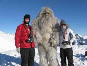 Los primeros domingueros ya se están sacando fotos con el Yeti en el Teide