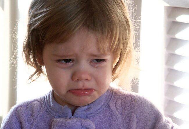 Niña llorando, por Crimfants